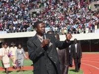 prophet-makandiwa-at-the-national-sports-stadium-500