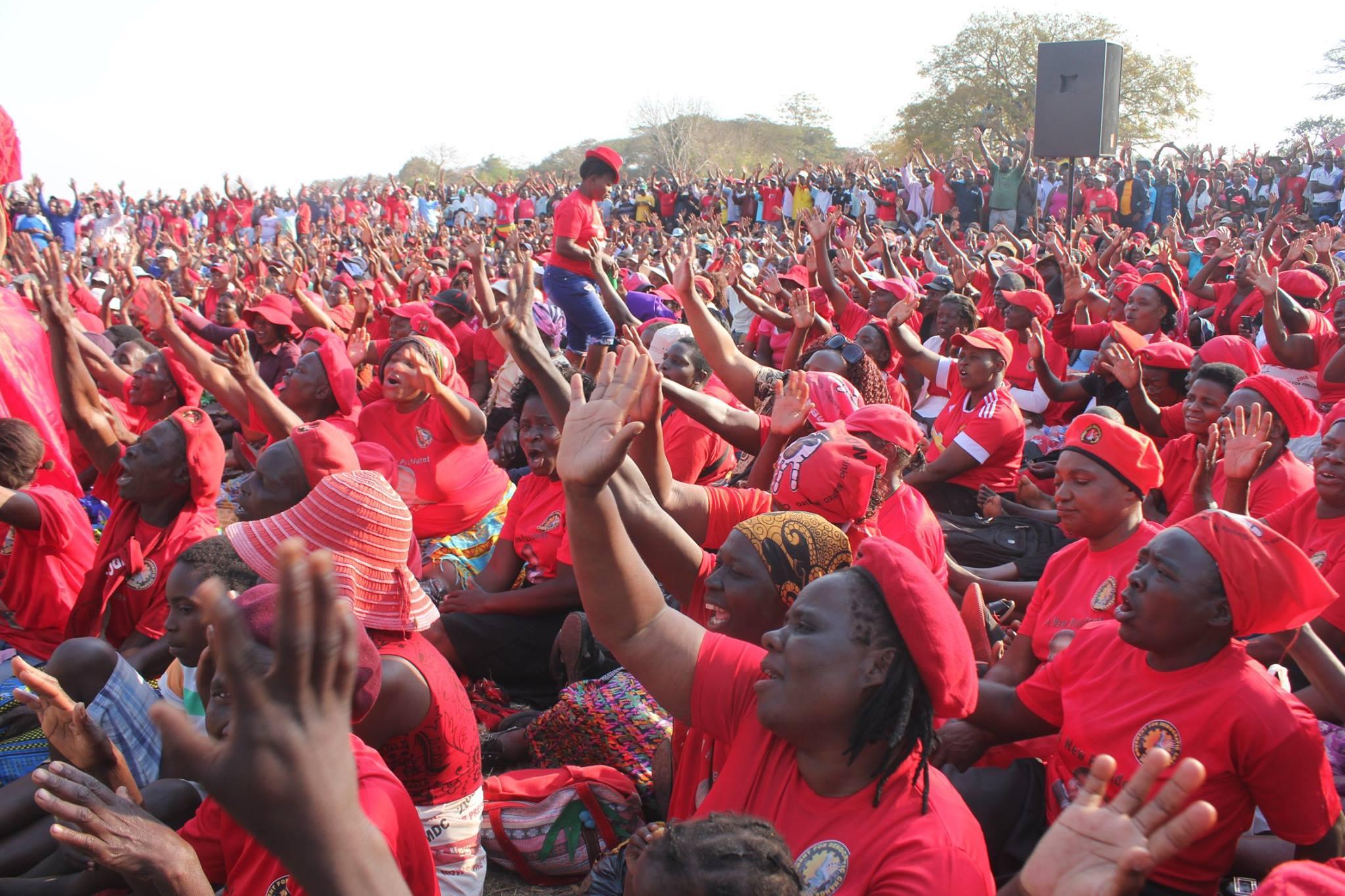 Nelson Chamisa: Kuwadzana East Constituency rally in ...
