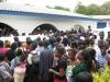 crowd-surround-moyo-casket