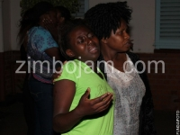 tongai-moyo-dies-s2-05-mai-charamba-consoles-one-of-the-relatives