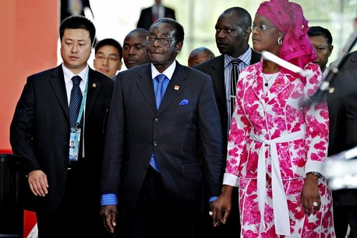 Mugabe & Grace in Hong Kong