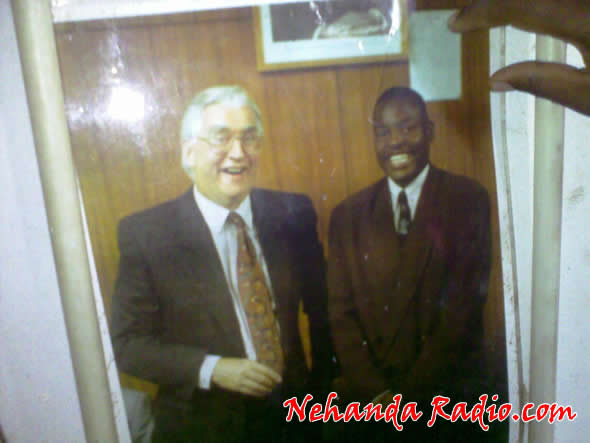 Learnmore Jongwe with then UZ Vice Chancellor Graham Hill