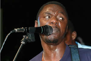 Macheso wept after shaking hands with Mugabe