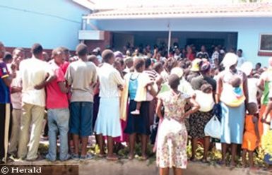 Business came to a standstill at Yamuranai Primary School in Harare's Mufakose suburb when thousands of residents descended on the school after rumours had circulated that a Grade 2 pupil regularly changes into a snake.