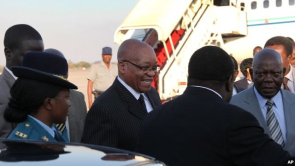 Zuma holds talks with Zimbabwe leaders
