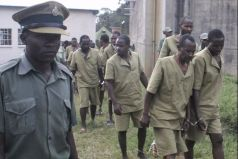Prisoners in Zimbabwe