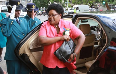 Mujuru 'has presidency in her handbag'