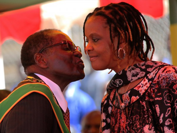 President Mugabe kisses his wife Grace Mugabe