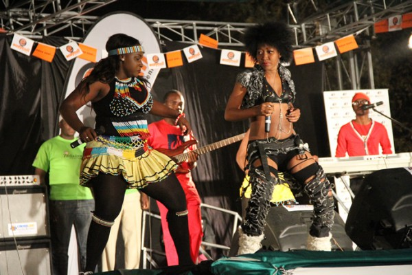 Slizer (right) shares the stage with Sandra Ndebele (left) during the UNWTO tourism night musical gala last year