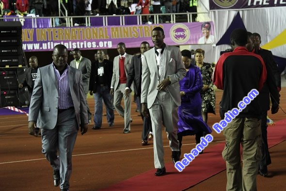 Prophet Makandiwa arrives for Judgment Night in 2012
