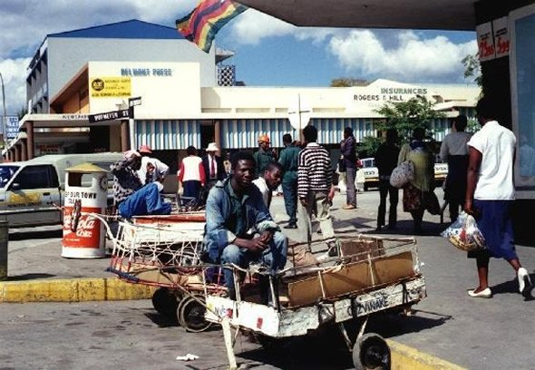 One of the largest supermarkets in masvingo closes down for Mirror zimbabwe