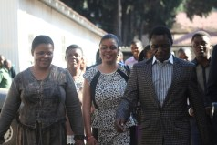 Alick Macheso arrives at the Civil Courts accompanied by his wife Nyadzisai left and daughter Sharon. – Pictures by Innocent Makawa