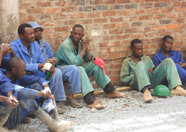 Zimbabwean workers squirm under mounting bills