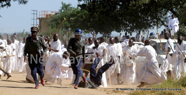 Masowe members run riot, beat up anti-riot cops (Picture by NewsDay)