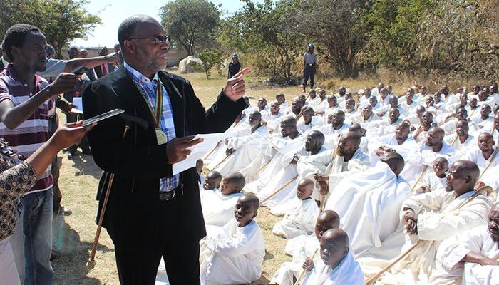 Apostolic Christian Council of Zimbabwe (ACCZ) president Johannes Ndanga addressing members of the Budiriro-based Johanne Masowe eChishanu church
