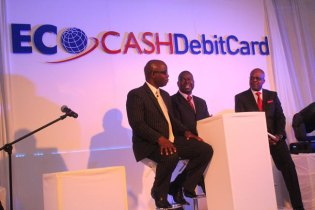 Econet partners MasterCard in mobile money transfer (Picture by John Cassim)