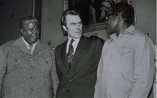 Joshua Nkomo, Rhodesian official and Baba Chatunga in 1980