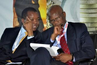 RBZ Governor Dr John Mangudya talks to Finance Minister Patrick Chinamasa