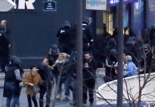 A number of hostages were freed from the food store in eastern Paris