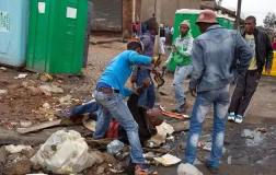 Sunday Times photographer James Oatway' chronicled the stabbing to death of the Mozambican vendor Emmanuel Sithole in Alexandra on Saturday