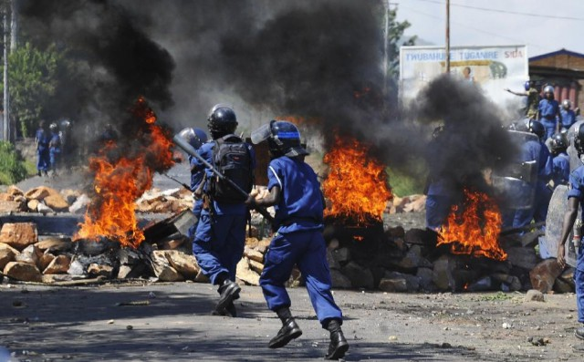 Burundi protests continue against President Nkurunziza