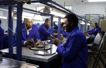 File Picture: Diamond polishing and cutting centre in Zimbabwe