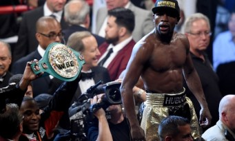 Floyd Mayweather celebrates the unanimous decision victory over Manny Pacquiao. Photograph: Harry How/Getty Images
