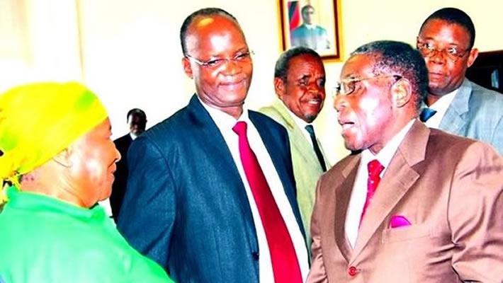 Jonathan-moyo-Robert-Mugabe-Politiburo-Meeting5901