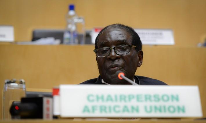Mugabe in South Africa for AU Summit