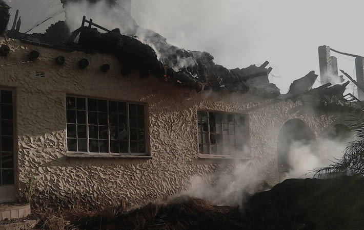 Gideon Gono's house goes up in flames