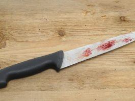Woman stabs hubby in infidelity row