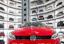 Switzerland bans VW car sales over emissions