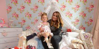 Baby beauty queen: Jas Sullivan and daughter Minnie-Beau
