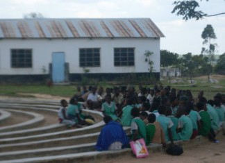 File picture of pupils at a school in Zimbabwe