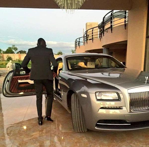 White Rolls Royce Wraith 2016: Kadungure Buys $350 000 Rolls Royce Wraith