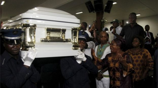 Papa Wemba's coffin was displayed at a ceremony before the memorial concert in Abidjan