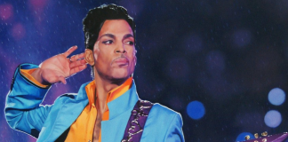 Prince is dead - Body found at Minnesota estate