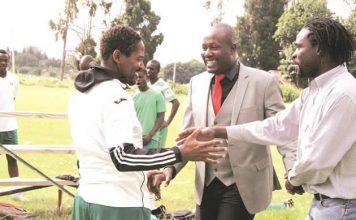 THE GREEN FAMILY . . . CAPS United president Farai Jere shares a jokke with former club captain Method Mwanjali
