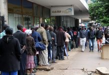 Bank queues in Zimbabwe