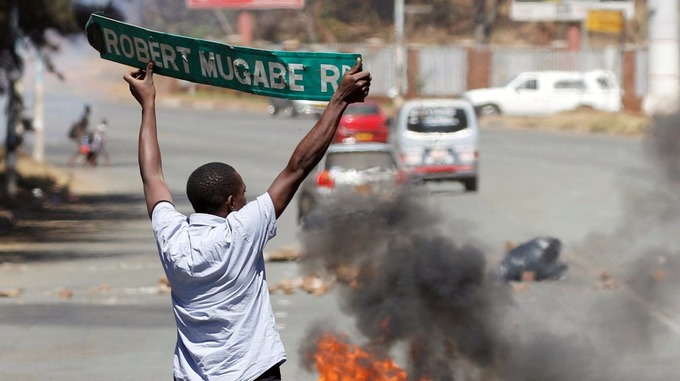 Anti-Mugabe protesters have become increasingly angry amid economic turmoil that has left cash shortages and high unemployment. Credit: Reuters