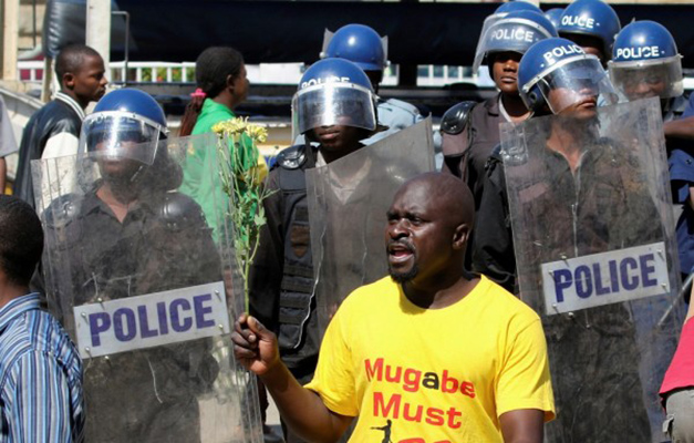 File: Some protesters were viciously beaten up and wounded after they were arrested during last Friday's anti-government demonstrations in Zimbabwe. Photo: Reuters/Philimon Bulawayo