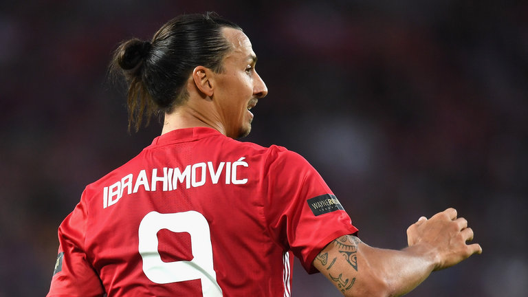 Zlatan Ibrahimovic heads Man United winner against Leicester in