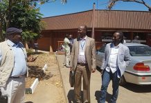 Saviour Kasukuwere, Jonathan Moyo and Patrick Zhuwao at the University of Zimbabwe School of Law