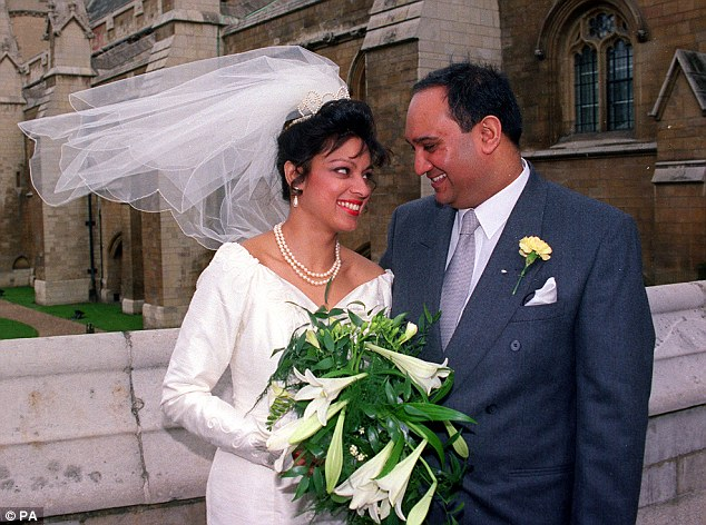 Married British Mp Keith Vaz Caught Paying Male
