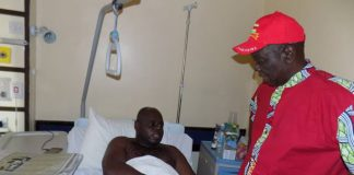MDC leader, Morgan Tsvangirai visits Tajamuka spokesman, Silvanos Mudzvova in hospital.