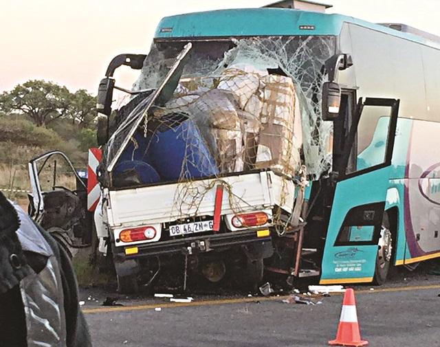 Bus Head On Crash Kills 4 Nehanda Radio