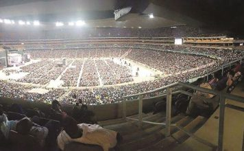 Bushiri recently filled up the FNB Stadium outside Soweto, a move that has put him right up there with rock stars and sports cup finales.