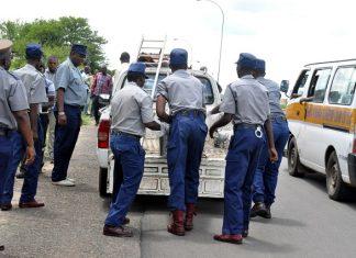 Police at the scene of the murder along Siyephambili Drive in Bulawayo