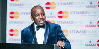 Conrad Mwanza the founder and Executive Chairman of the Zimbabwe Achievers Awards (ZAA)