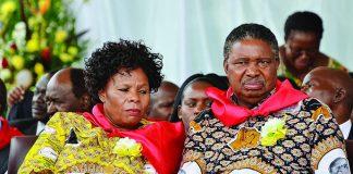 Vice President Phelekezela Mphoko (right)